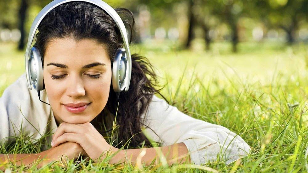 послушать музыку