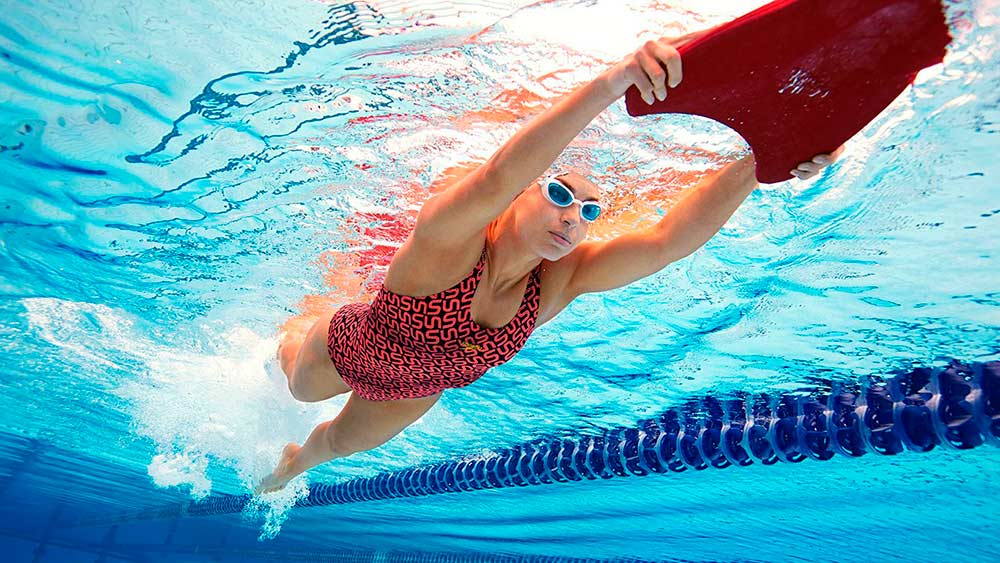 Как сбросить вес при плавании