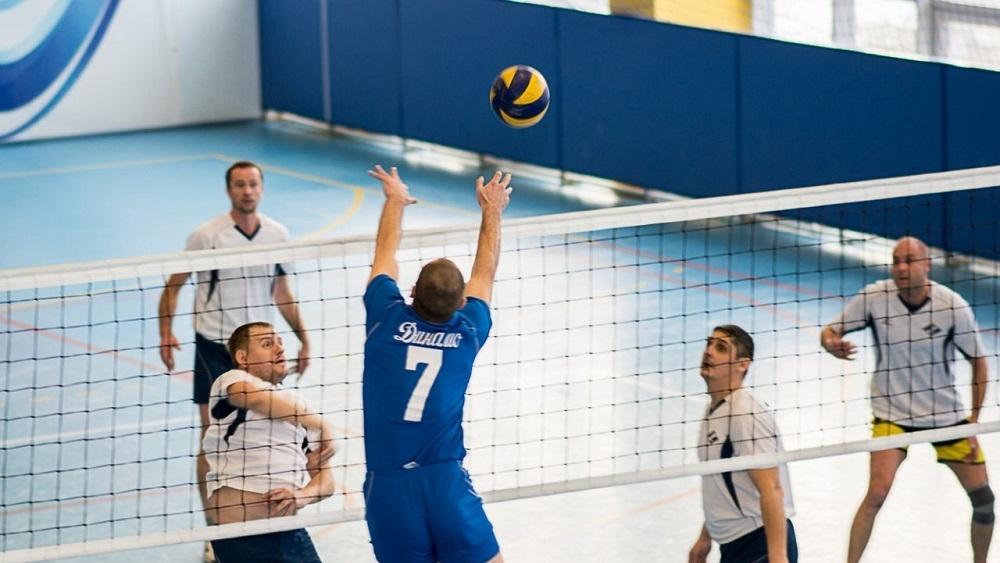 атакающий удар для волейболистов