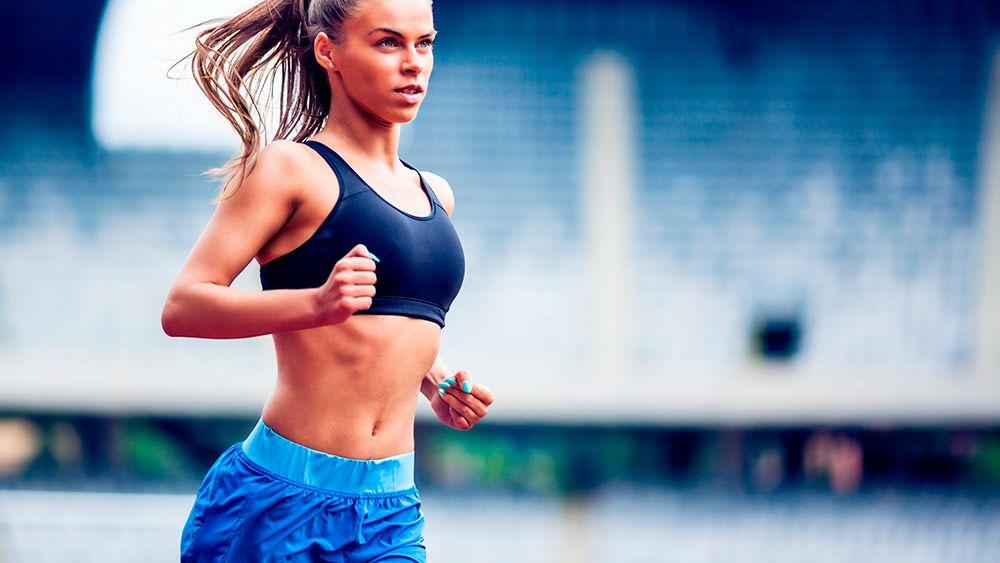 Как правильно подобрать женский топ для бега?