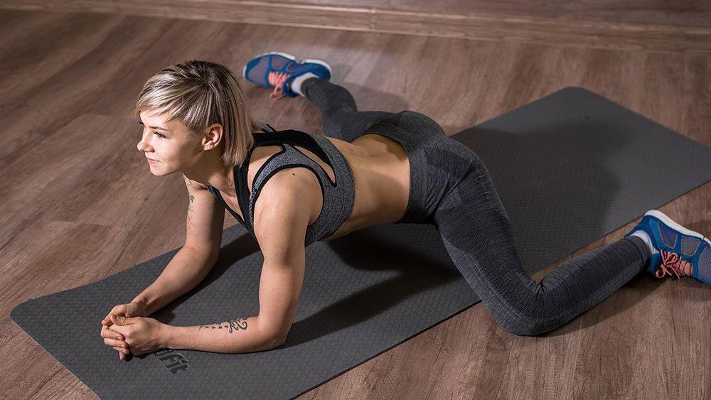 Упражнение лягушка – комплексная проработка нижней части тела